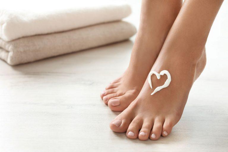 Wellness Idee - Pflegendes Fußpeeling