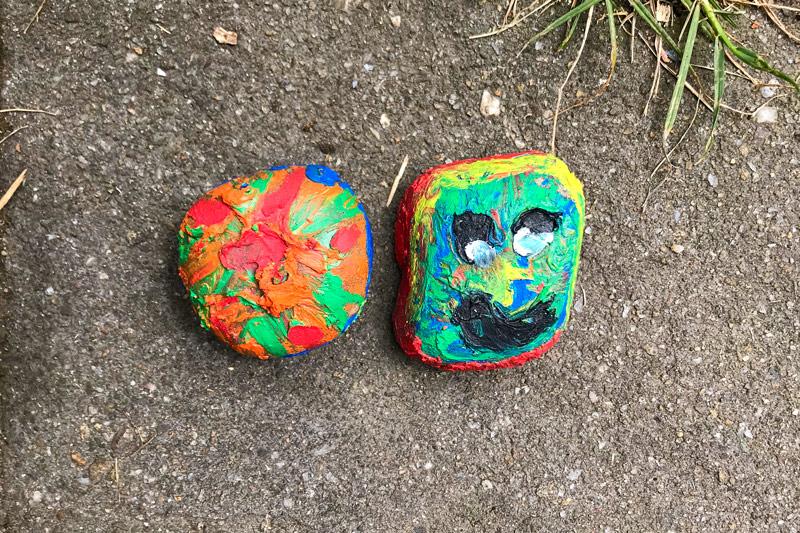 Bunte Steine überall zu entdecken